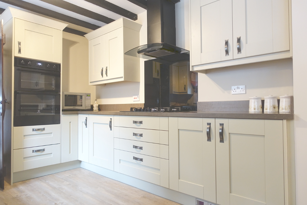 Kitchen Newark Country Fitted Kitchen In Newark Premier